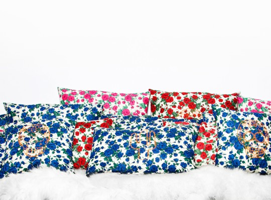 ensemble coussins imprimé roses liberty of london-tiliah design paris