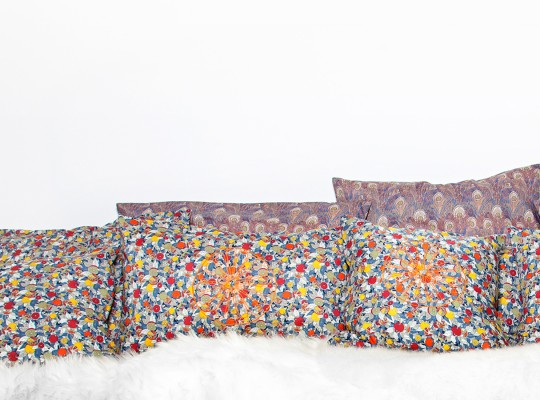 ensemble jolis coussins imprimés liberty of london fait main-tiliah design paris